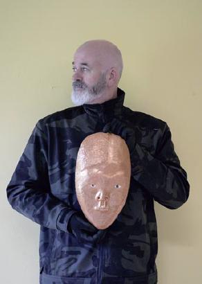 Achter het masker: Frank van der Linden